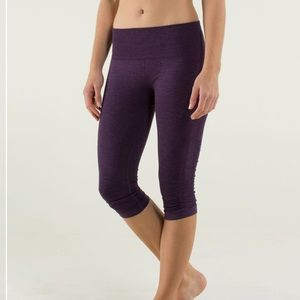 Lululemon | In The Flow Crop Cropped Ruched Knee